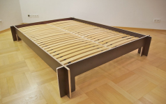 simple bed ein bett zum stecken sch ner wohnen. Black Bedroom Furniture Sets. Home Design Ideas