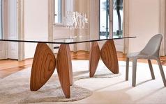 tisch mit schmetterlingsfl geln von bonaldo sch ner wohnen. Black Bedroom Furniture Sets. Home Design Ideas