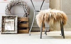 Stuhl Fell ein fell als teppich oder sofaüberwurf schöner wohnen