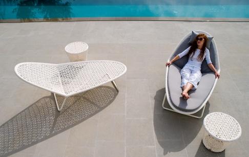 gartenliegen aus holz rattan oder alu sch ner wohnen. Black Bedroom Furniture Sets. Home Design Ideas