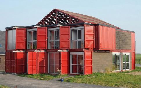 wohnhaus aus containern im franz sischen lille sch ner. Black Bedroom Furniture Sets. Home Design Ideas