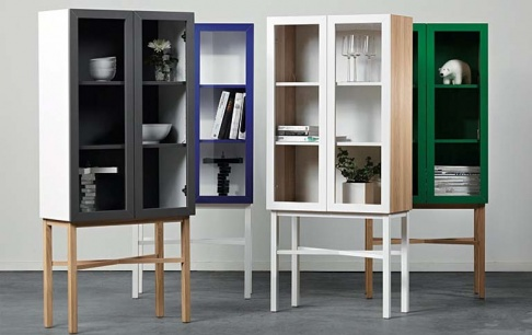 moderner vitrinenschrank von a2 sch ner wohnen. Black Bedroom Furniture Sets. Home Design Ideas
