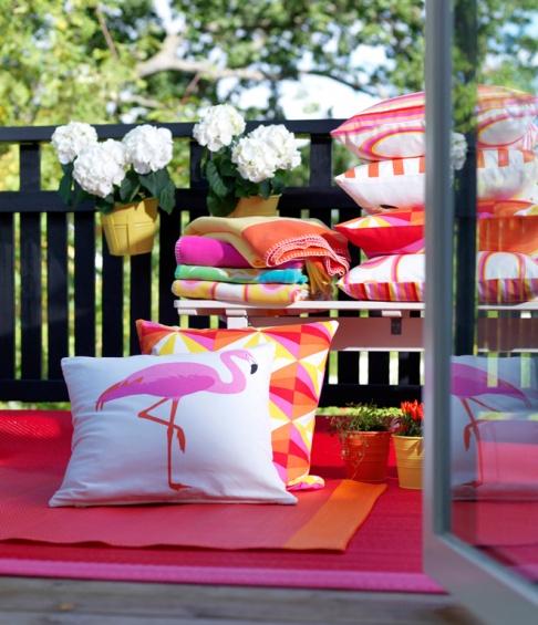 sommertextilien und deko f r drau en bei ikea news sch ner wohnen. Black Bedroom Furniture Sets. Home Design Ideas