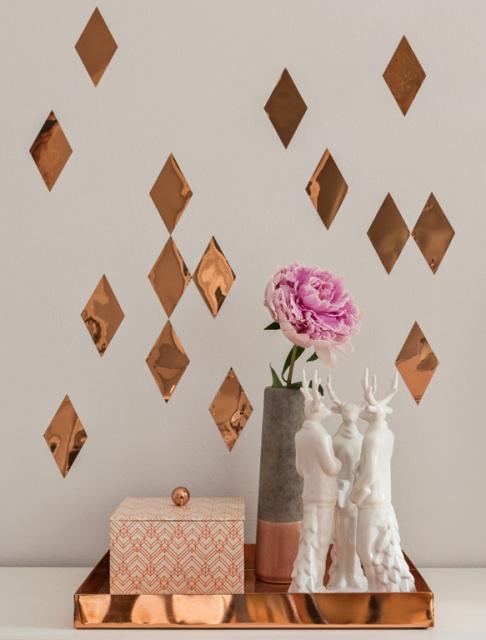 wandtattoo tipps zu motiven kauf und anbringung sch ner wohnen. Black Bedroom Furniture Sets. Home Design Ideas