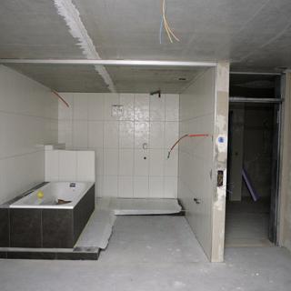 kombi raum aus bad und schlafzimmer schlafzimmer. Black Bedroom Furniture Sets. Home Design Ideas