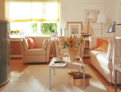 vorher nachher wohnzimmer in sonnigen farben sch ner wohnen. Black Bedroom Furniture Sets. Home Design Ideas