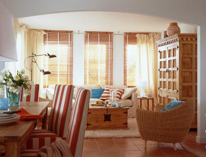 offene wohnbereiche optisch trenne raum und m beldesign inspiration. Black Bedroom Furniture Sets. Home Design Ideas