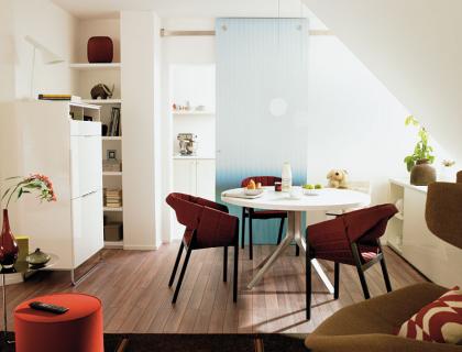 vorher nachher wohnzimmer unterm dach sch ner wohnen. Black Bedroom Furniture Sets. Home Design Ideas