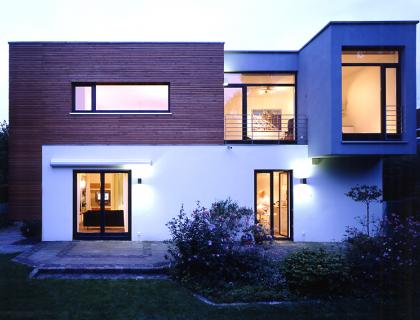 eine etage aufgestockt sch ner wohnen. Black Bedroom Furniture Sets. Home Design Ideas