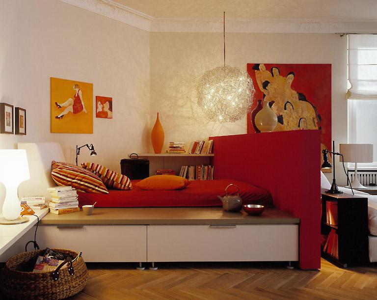 raumteiler schafft intimit t im schlafbereich wohnzimmer sch ner wohnen. Black Bedroom Furniture Sets. Home Design Ideas