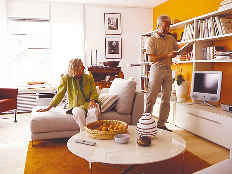 gro ansicht. Black Bedroom Furniture Sets. Home Design Ideas