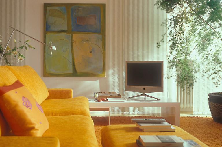 penthouse mit behaglichkeit wohn und esszimmer. Black Bedroom Furniture Sets. Home Design Ideas