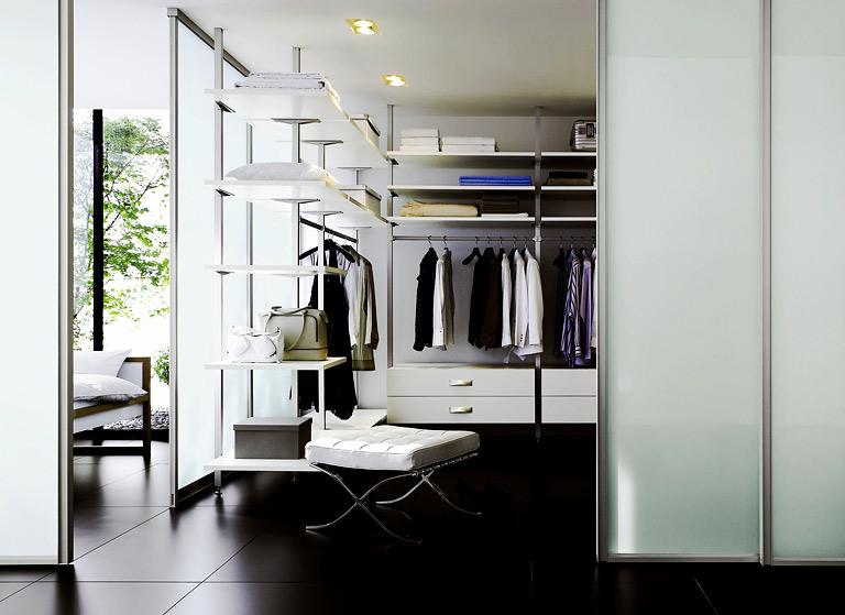 f r gro e r ume begehbarer kleiderschr nke sch ner wohnen. Black Bedroom Furniture Sets. Home Design Ideas