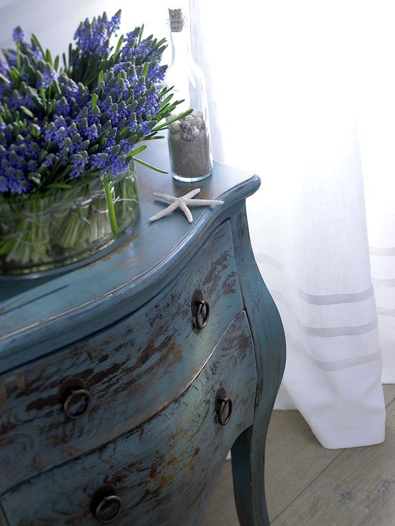 fotostrecke kommode im treibgut look eichen kommode von mossapour bild 10 sch ner wohnen. Black Bedroom Furniture Sets. Home Design Ideas