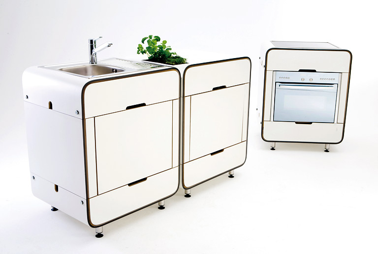 k chenschrank mit versenkbaren t ren systeme f r kleine. Black Bedroom Furniture Sets. Home Design Ideas