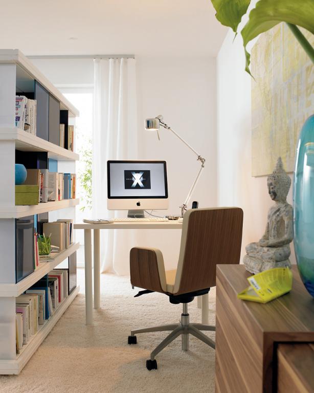 arbeitszimmer flexibler und einfach zu montierender. Black Bedroom Furniture Sets. Home Design Ideas