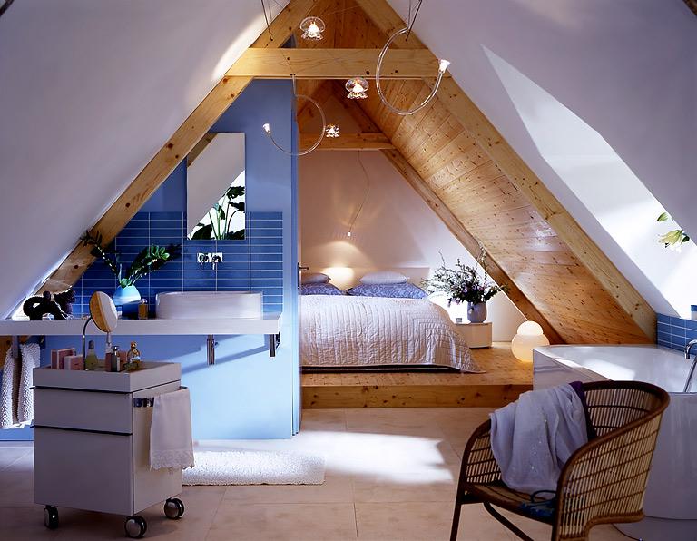 Für Wellness-fans: Alles Unter Einem Dach: Offenes Badezimmer Mit ... Schlafzimmer Dachboden Einrichten