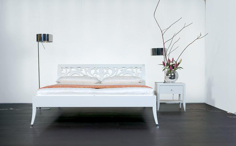 m bel elegant verziert bett yasmin von luna bild 22 sch ner wohnen. Black Bedroom Furniture Sets. Home Design Ideas