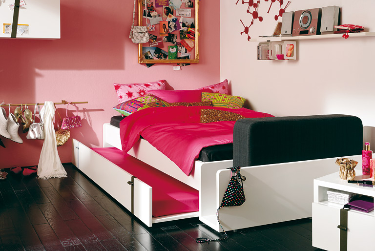 das kinderbett sch ner wohnen. Black Bedroom Furniture Sets. Home Design Ideas