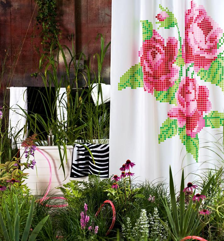home collections badetuch und duschvorhang mit tier prints und rosen bild 2 sch ner wohnen. Black Bedroom Furniture Sets. Home Design Ideas