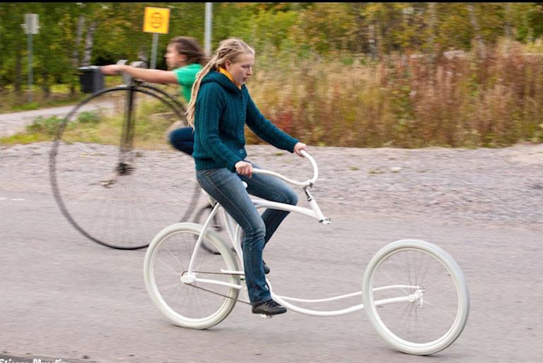 fahrrad ohne gabel sch ner wohnen. Black Bedroom Furniture Sets. Home Design Ideas