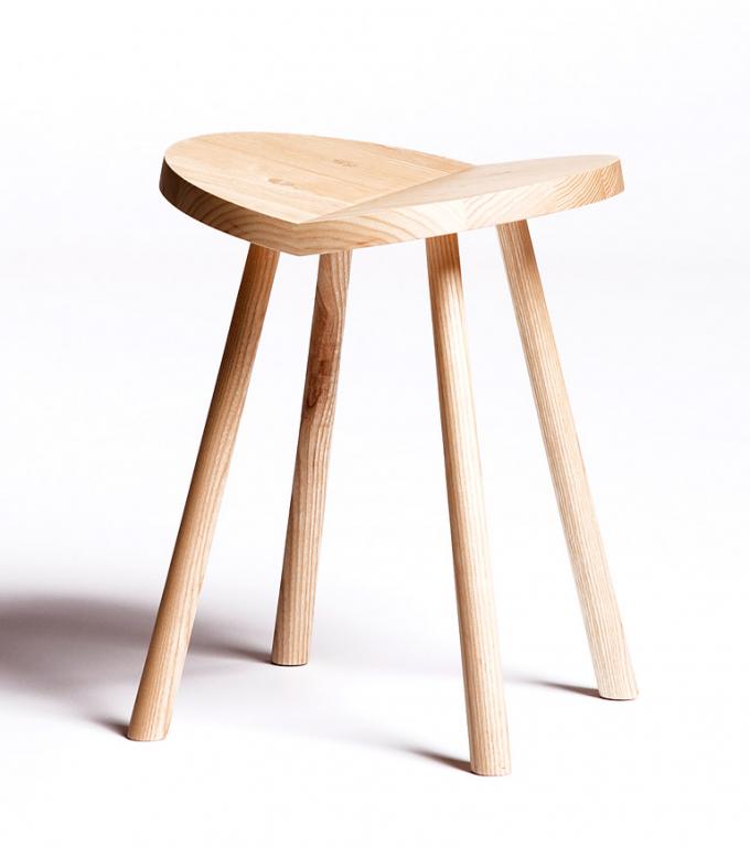 pin hocker aus holz on pinterest. Black Bedroom Furniture Sets. Home Design Ideas