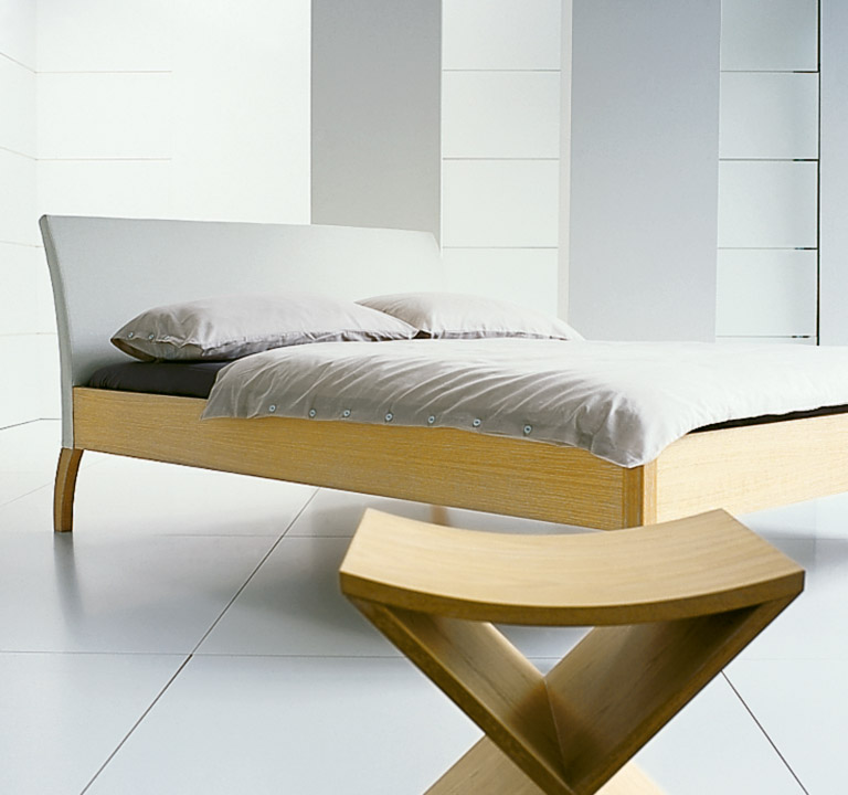 ligne roset bett peter maly das beste aus wohndesign und. Black Bedroom Furniture Sets. Home Design Ideas