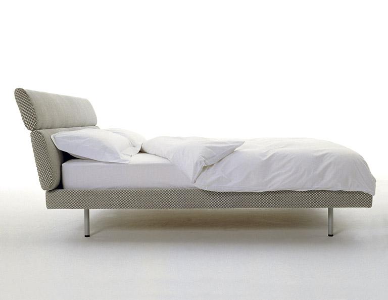 neue klassiker bett sleeping car von depadova design vico magistretti bild 8 sch ner. Black Bedroom Furniture Sets. Home Design Ideas