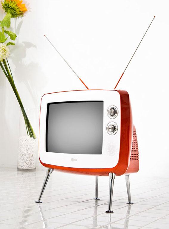 r hren tv im retrodesign von lg sch ner wohnen. Black Bedroom Furniture Sets. Home Design Ideas