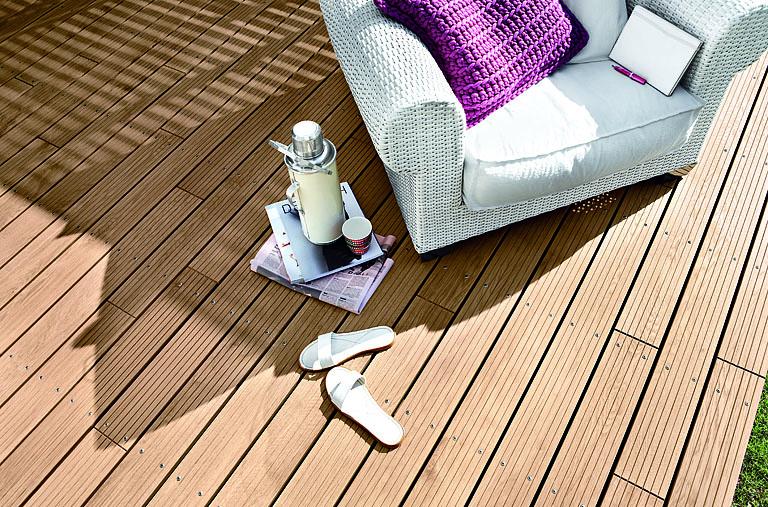 Boden Terrasse bodenbelag für balkon und terrasse wpc holz oder stein schöner