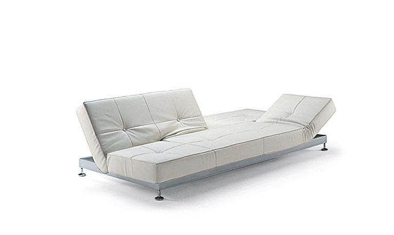 m bel schlafsofa damier von edra bild 6 sch ner wohnen. Black Bedroom Furniture Sets. Home Design Ideas