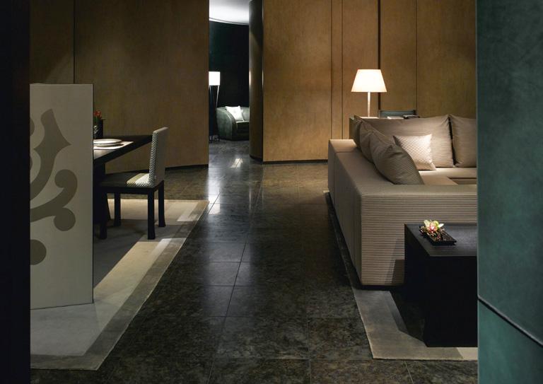 Armani er ffnet hotel im burj chalifa in dubai for Armani hotel dubai interior design