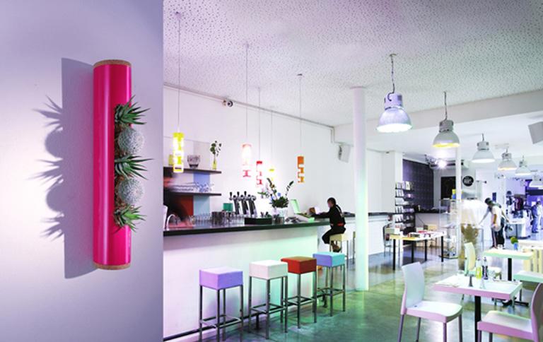 minigarten flowerbox f r die wand sch ner wohnen. Black Bedroom Furniture Sets. Home Design Ideas