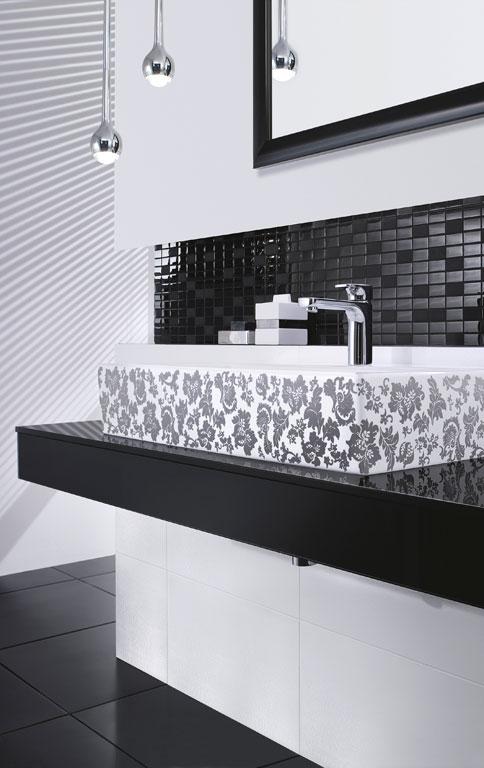 konstrastreich verziert waschtisch memento bild 8 sch ner wohnen. Black Bedroom Furniture Sets. Home Design Ideas