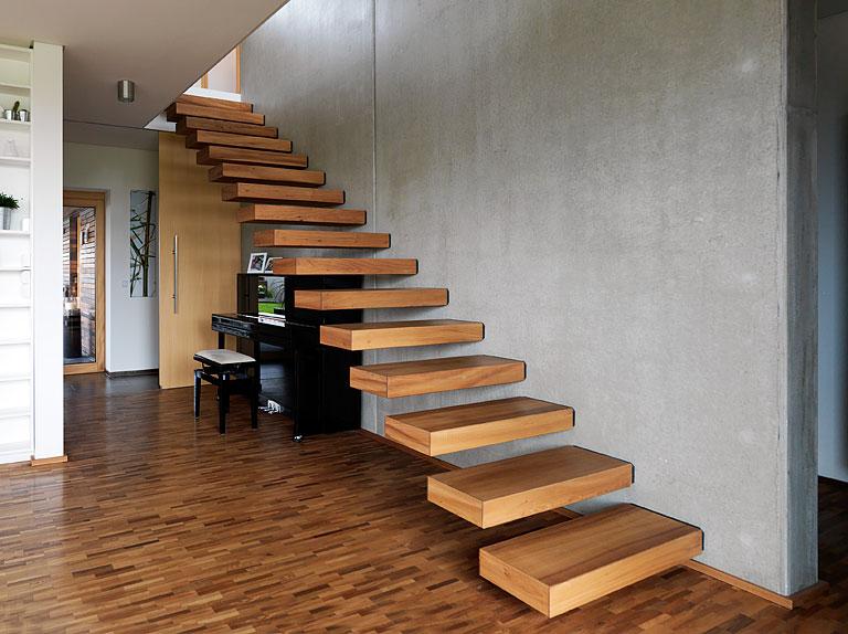 fotostrecke schwebende stufen bild 8 sch ner wohnen. Black Bedroom Furniture Sets. Home Design Ideas