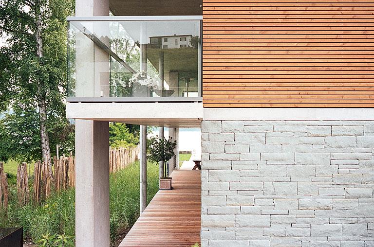 Wohnzimmer im Landhausstil einrichten   modern und praktisch