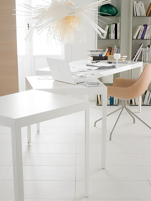 scharniertisch von de padova bild 18 sch ner wohnen. Black Bedroom Furniture Sets. Home Design Ideas
