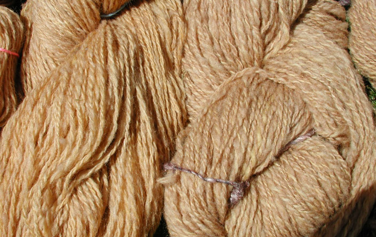 Wolldecke - Plaids aus Naturfasern - [SCHÖNER WOHNEN]