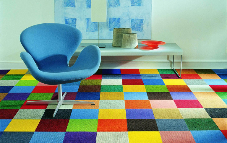 entwirf dein eigenes muster teppichfliesen von vorwerk sch ner wohnen. Black Bedroom Furniture Sets. Home Design Ideas