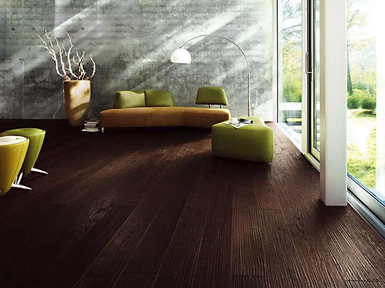 Parkettboden modern dunkel  Sinnlich Wohnen mit Holzböden: Edles Eichenholz