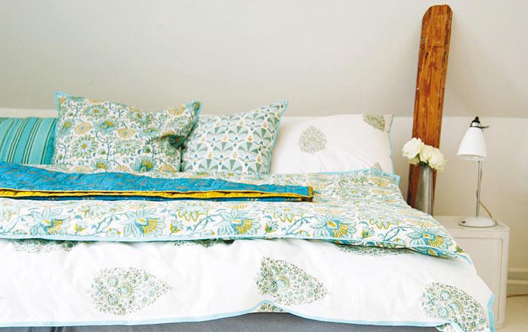 stoffe mit indisch inspirierten mustern sch ner wohnen. Black Bedroom Furniture Sets. Home Design Ideas