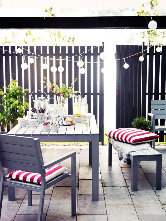 gartentische f r jeden stil sch ner wohnen. Black Bedroom Furniture Sets. Home Design Ideas