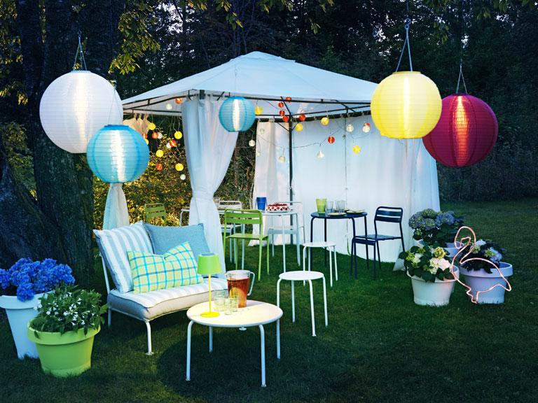 Garten terrasse ikea f r drau en sch ner wohnen Iluminacion para jardines energia solar