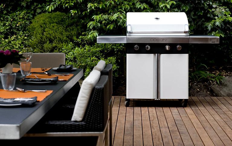 Weber Elektrogrill Balkon : Weber grill tisch grill balkon freizeit mit zubehör in köln