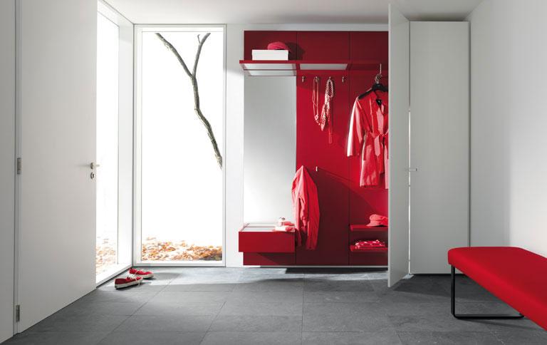dieser schrank ist eine garderobe sch ner wohnen. Black Bedroom Furniture Sets. Home Design Ideas
