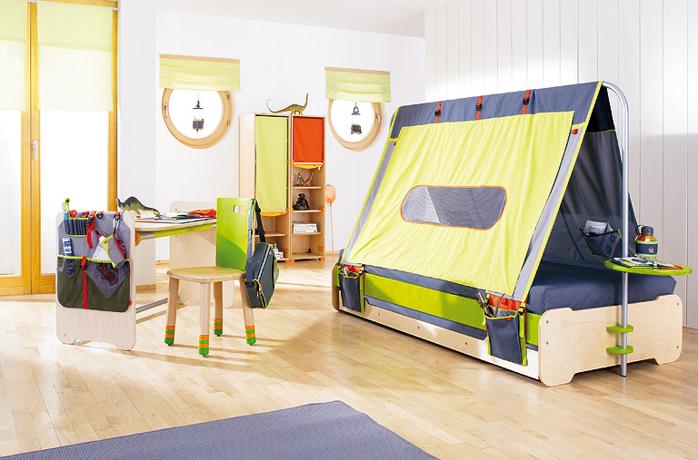fotostrecke kinderbett expedition schlafen wie im zelt bild 11 sch ner wohnen. Black Bedroom Furniture Sets. Home Design Ideas