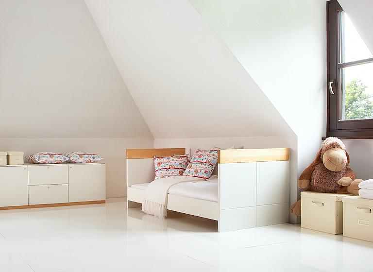 Kinderbett häuschen  Kinderbetten - von klassisch bis abenteuerlich: Kinderbett ...