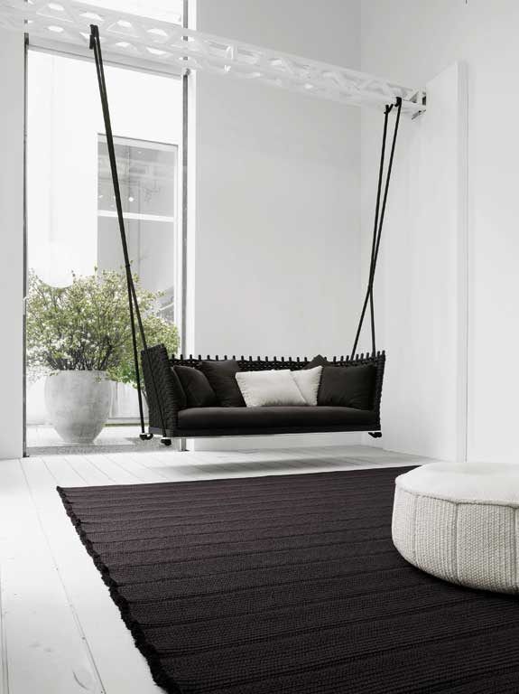 fotostrecke hollywoodschaukeln f r drinnen und drau en sch ner wohnen. Black Bedroom Furniture Sets. Home Design Ideas