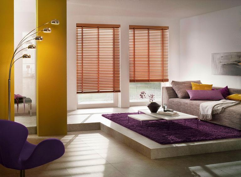 jalousie wohnzimmer:Fotostrecke: Fensterdeko mit Jalousien – [SCHÖNER WOHNEN]