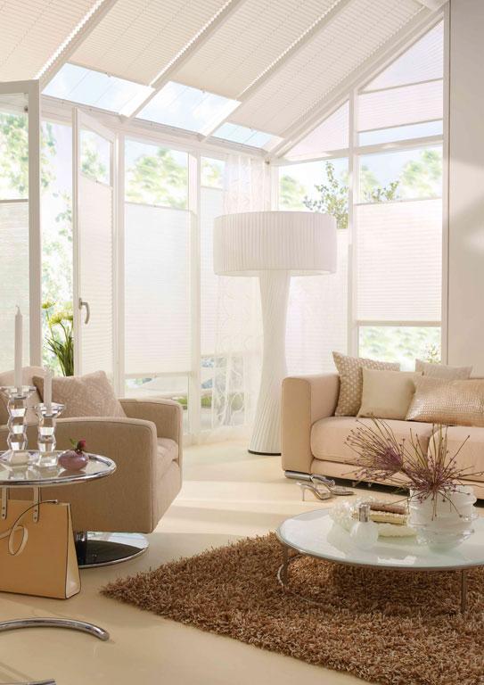 plissees zur verdunkelung sch ner wohnen. Black Bedroom Furniture Sets. Home Design Ideas